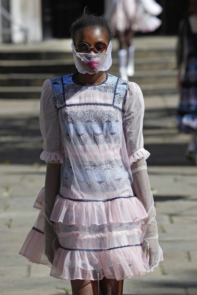 модное платье кукольное беби долл baby doll короткое пышное лето 2021 голубое розовое