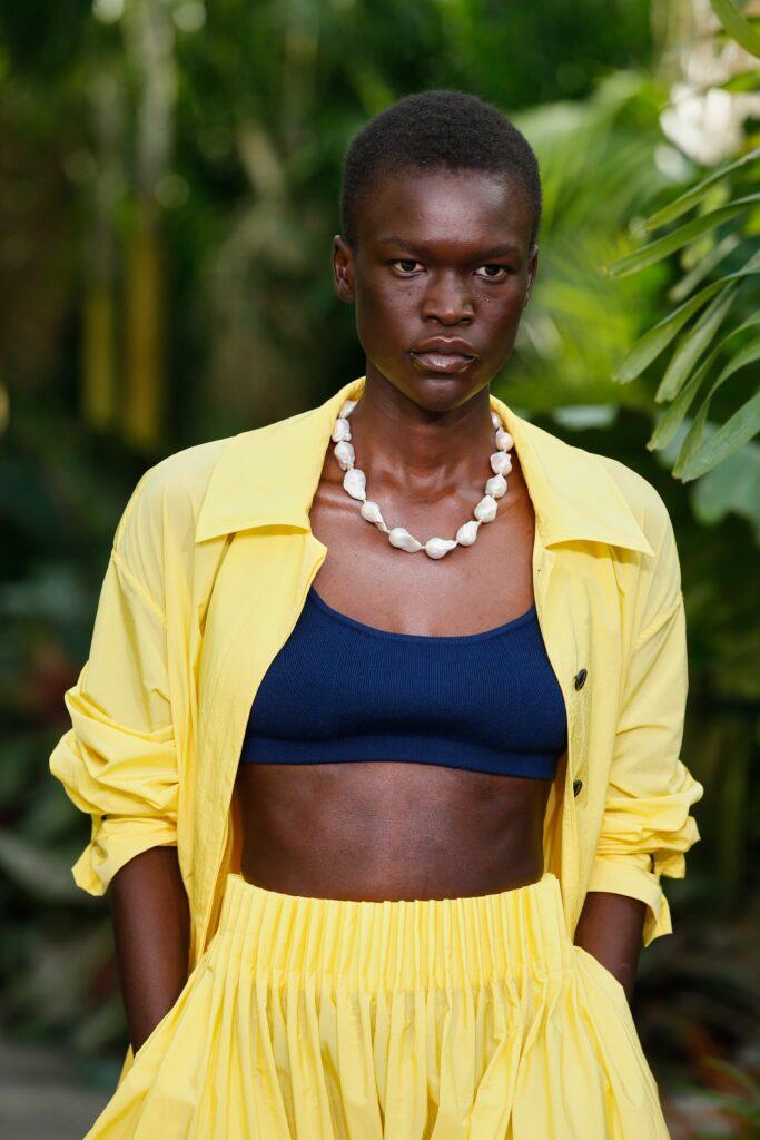 морские мотивы мода лето 2021 тренды принты узоры ожерелье из камней