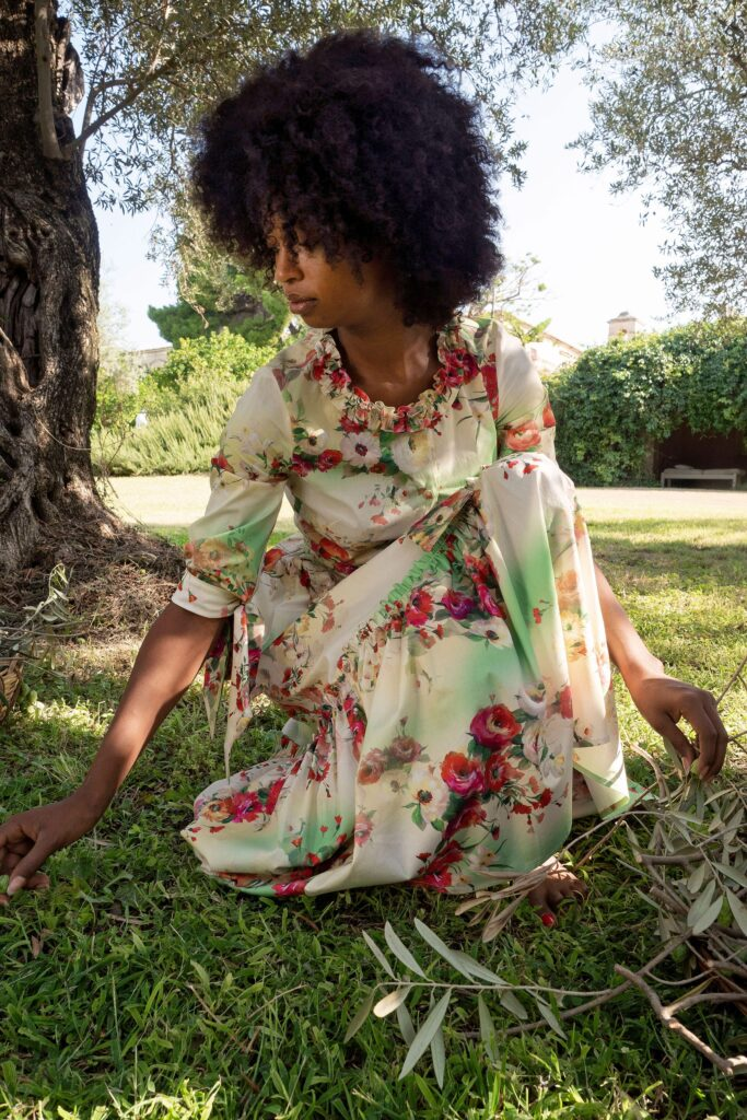 цветочные узоры на платьях