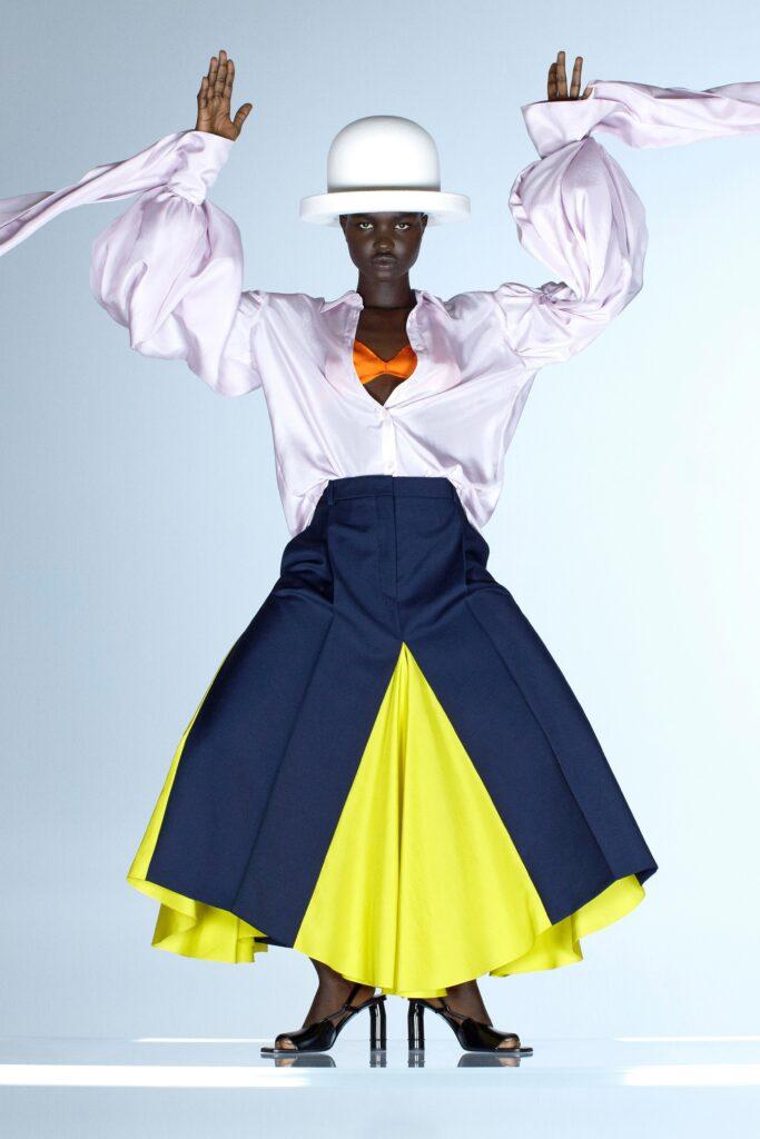 модная рубашка на лето 2021 маскулинная оверсайз белая шелковая пышный рукав