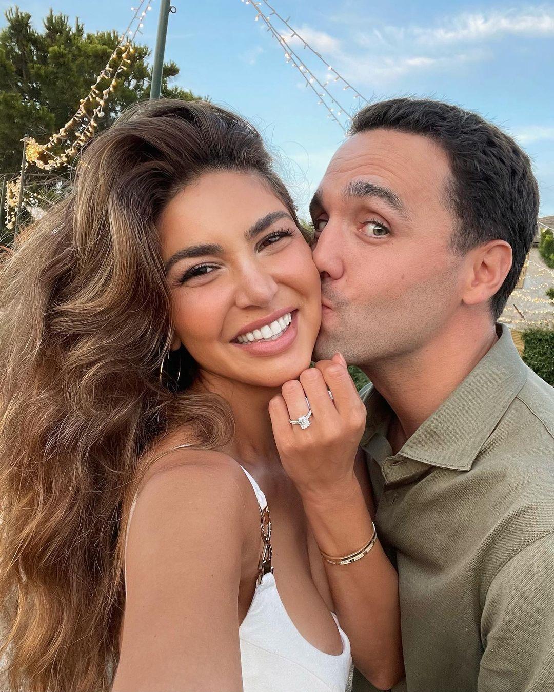 негин мирсалехи блогер свадьба замуж помолвка преложение кольцо бриллиант