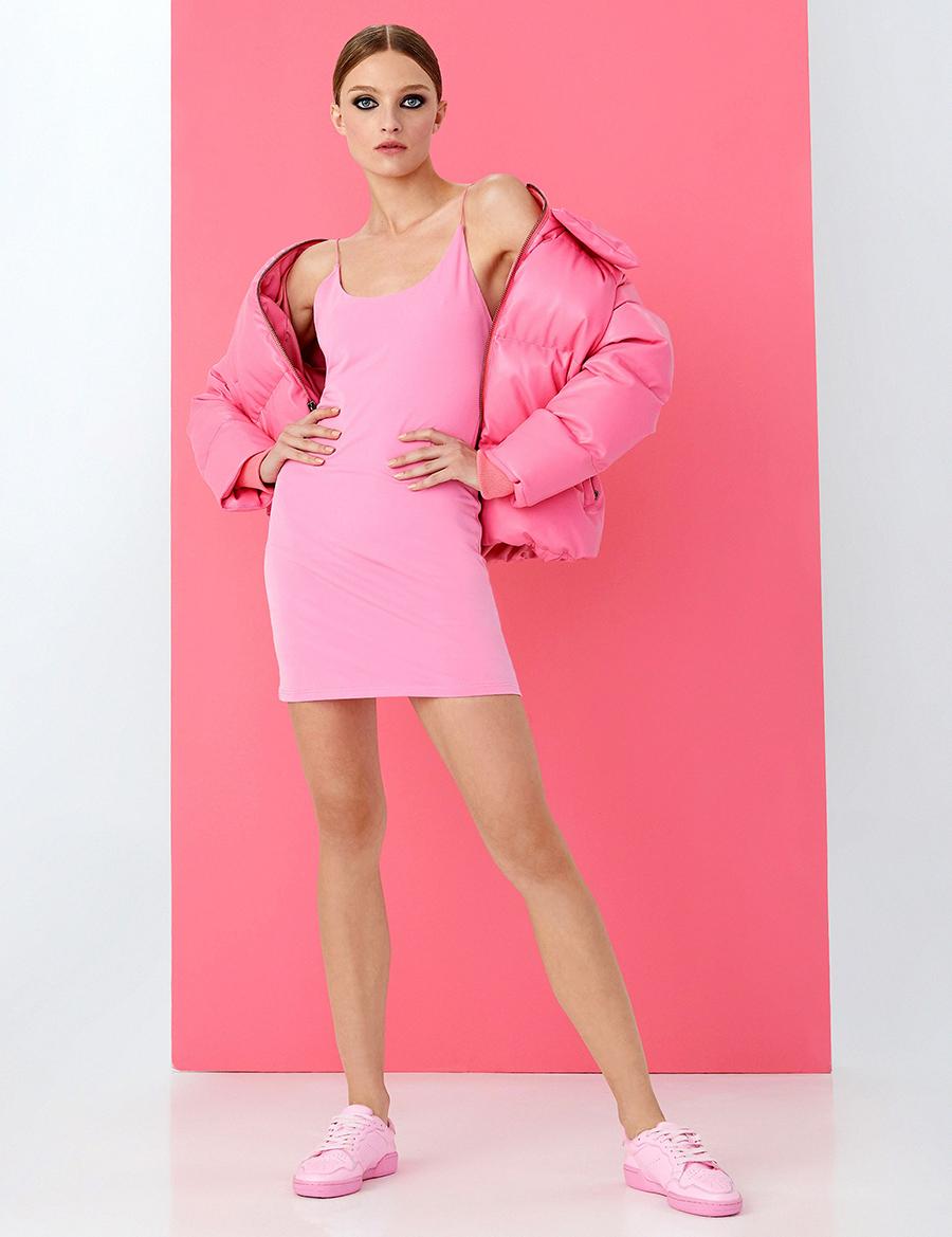 модный сарафан в бельевом стиле комбинация лето 2021 тренды что купить в жару розовый мини