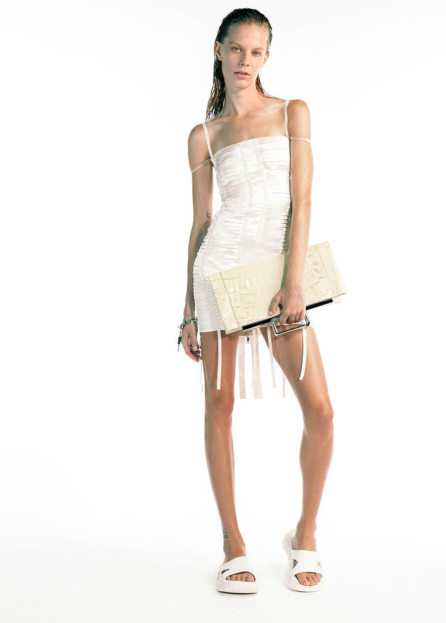 модный сарафан в бельевом стиле комбинация лето 2021 тренды что купить в жару белый мини