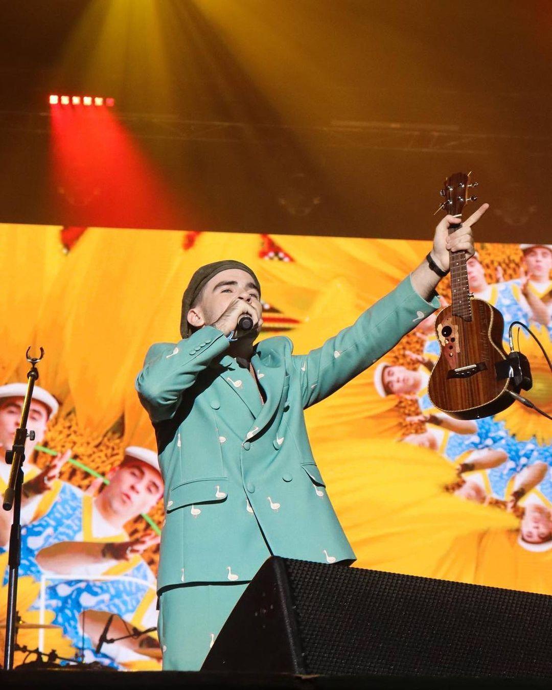 світське життя вечір прем'єр украинские звезды платья наряды костюмы