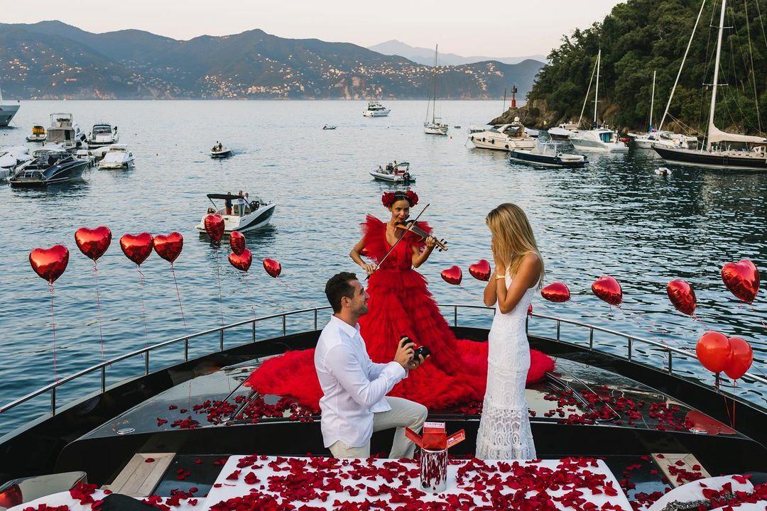 ангел Victoria's Secret модель фрида аасен помолвка свадьба кольцо бриллианты