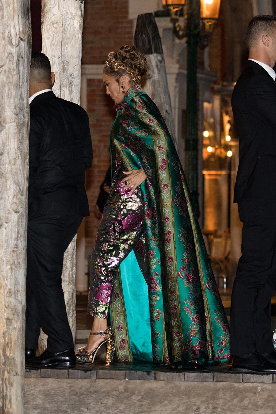 дженнифер лопес показ dolce& Gabbana дольче габбана венеция