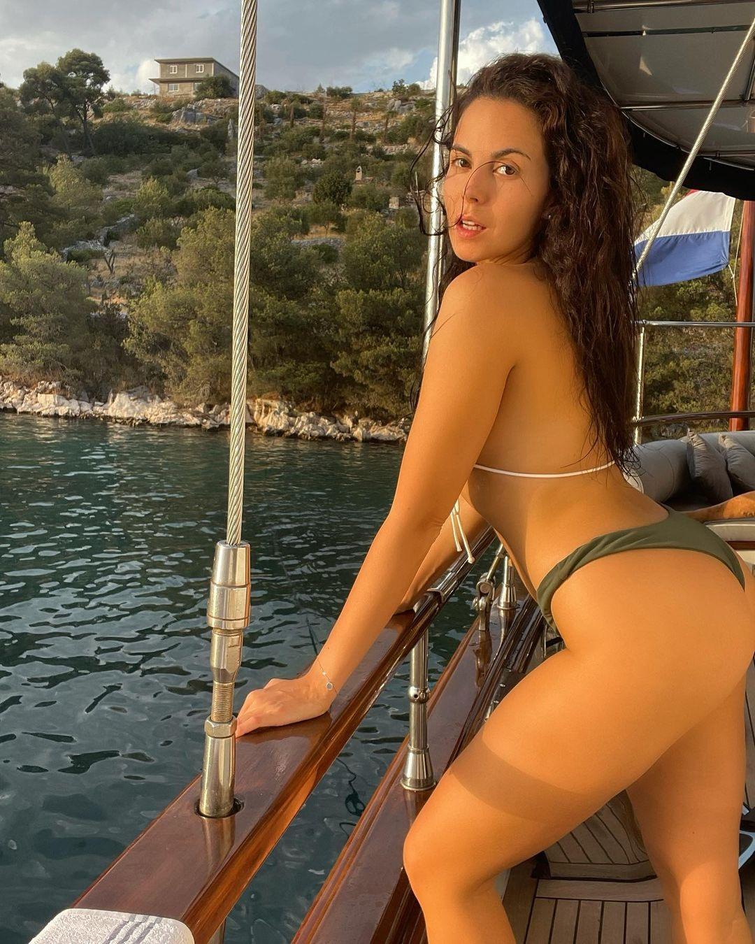 настя каменских в купальнике отпуск лето отдых хорватия 2021