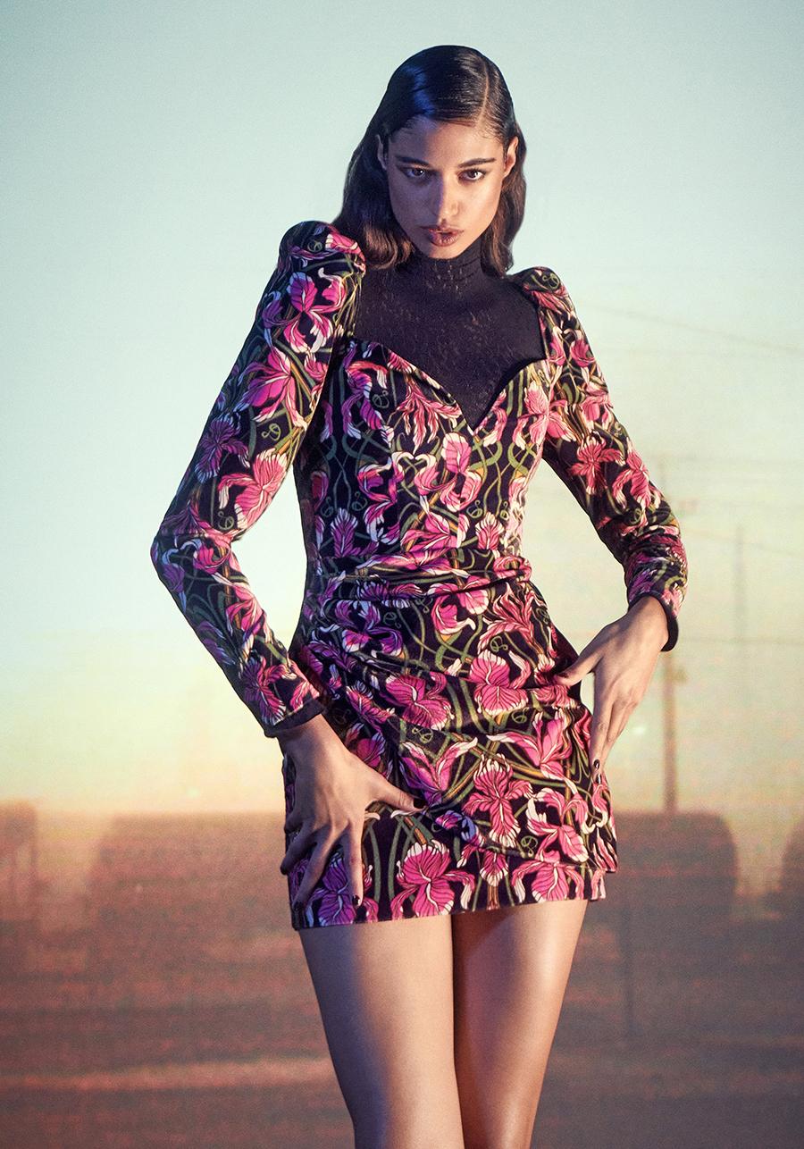 самые модные платья осень зима 2021 2022 цветочное в цветы черное белое розовое