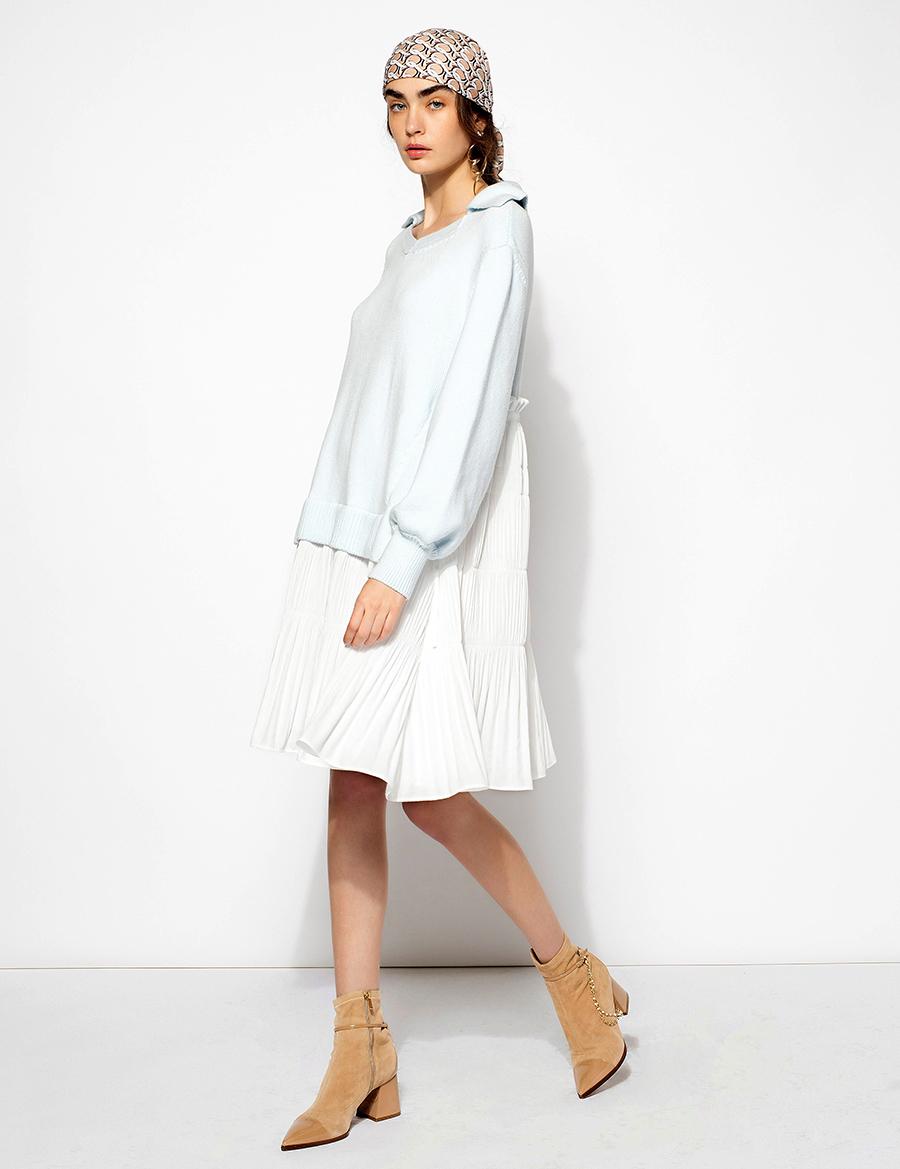 самые модные платья осень зима 2021 2022 худи свитер голубое мини