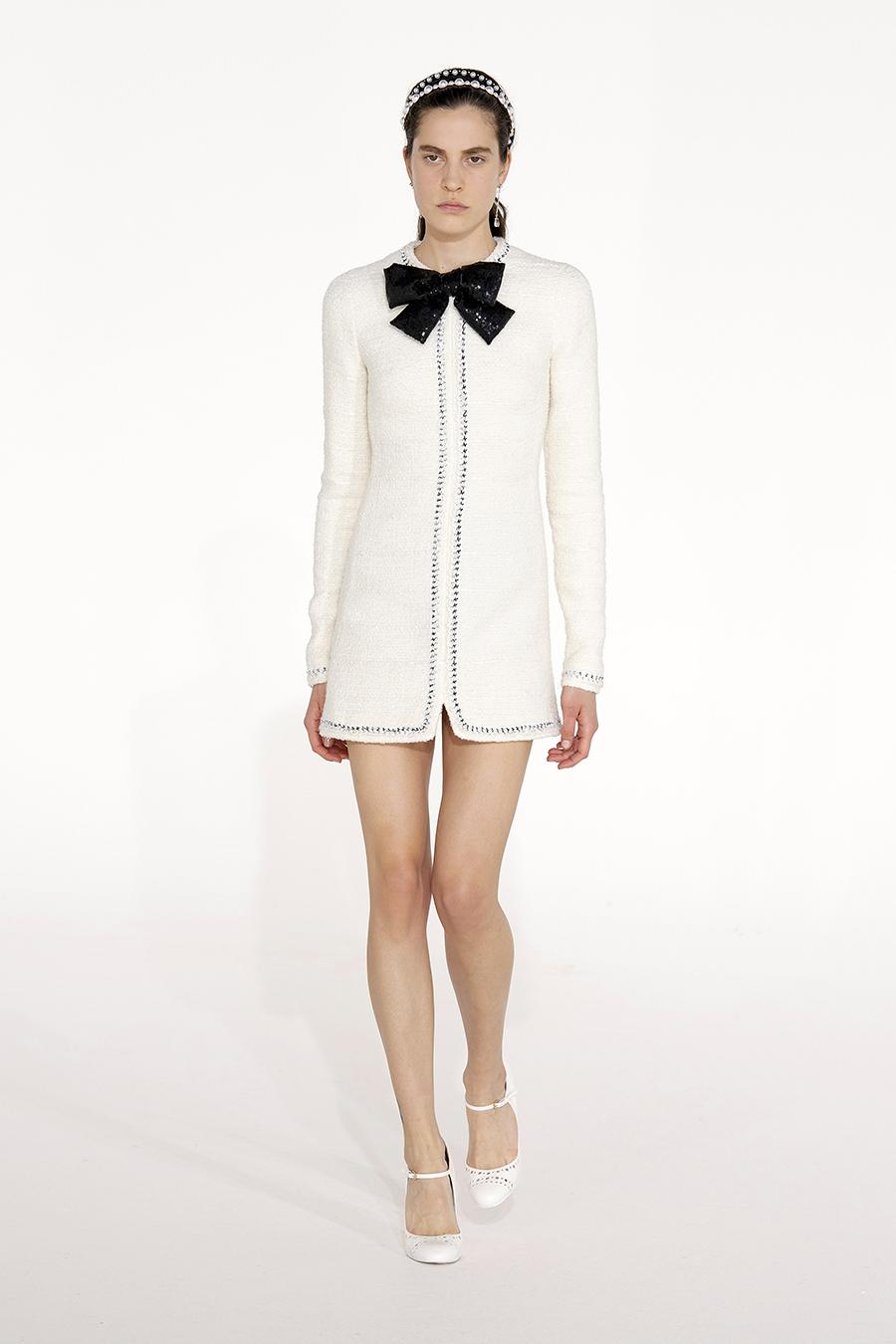 самые модные платья осень зима 2021 2022 твидовое из твида белое