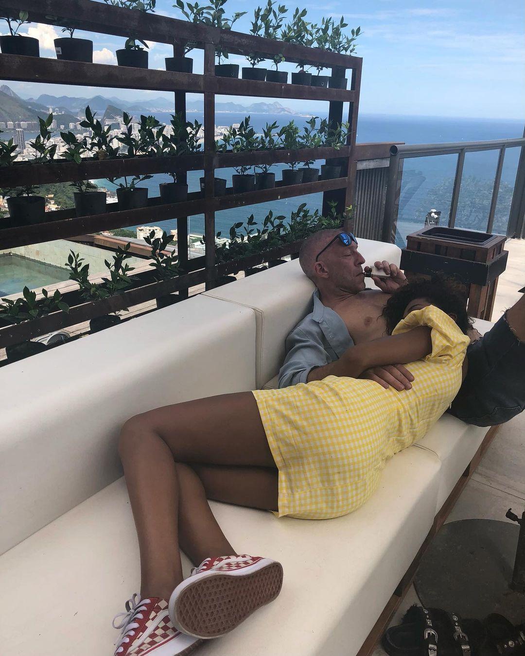 венсан кассель тина кунаки целуются обнимаются фотосессия развод