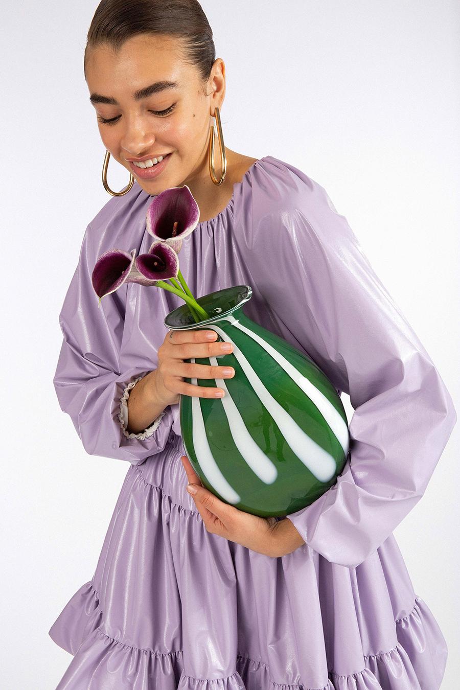 тренды осень зима 2021 2021 лиловый фиаковый сиреневый цвет платье
