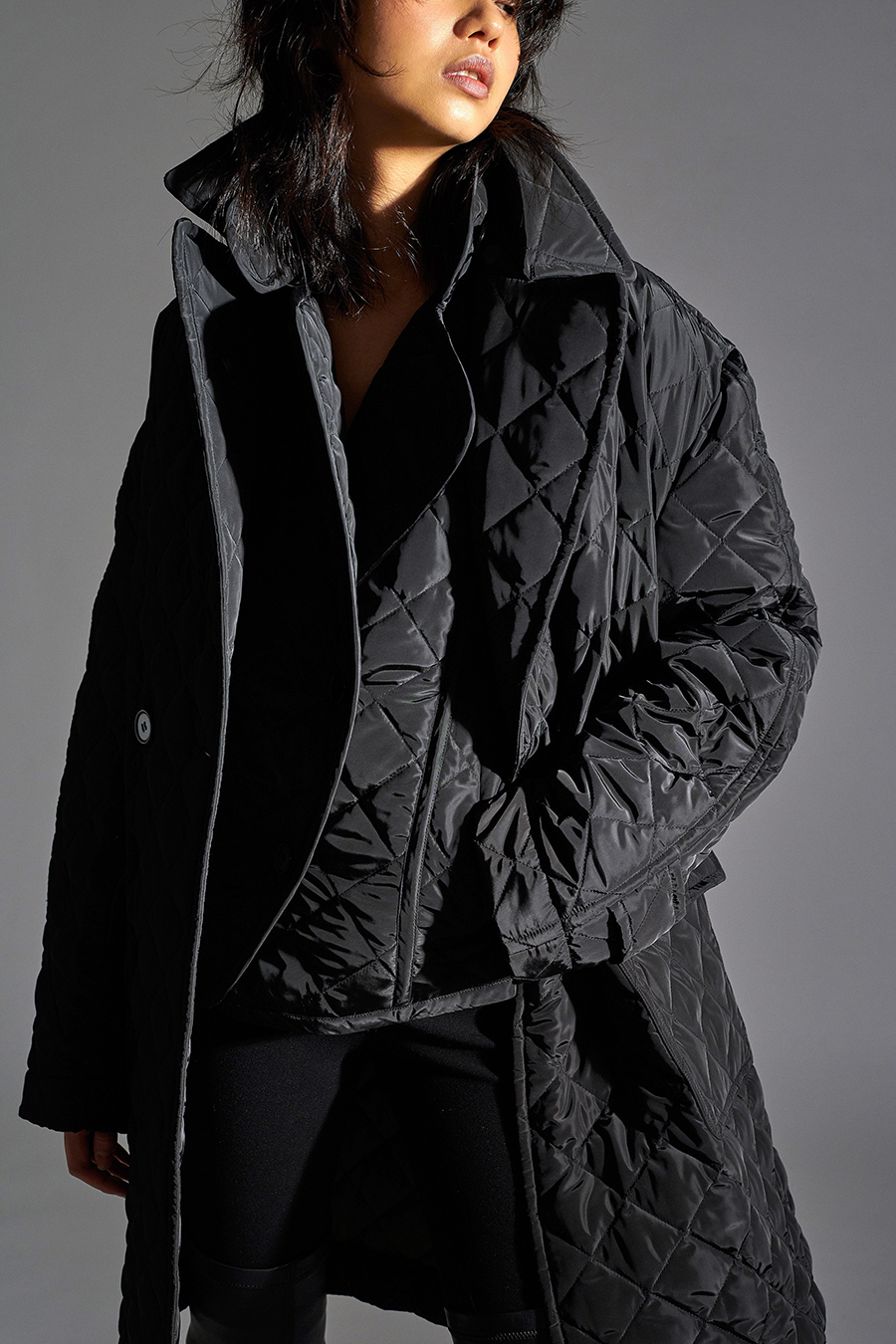 тренды осень зима 2021 2021 черный стеганый куртка