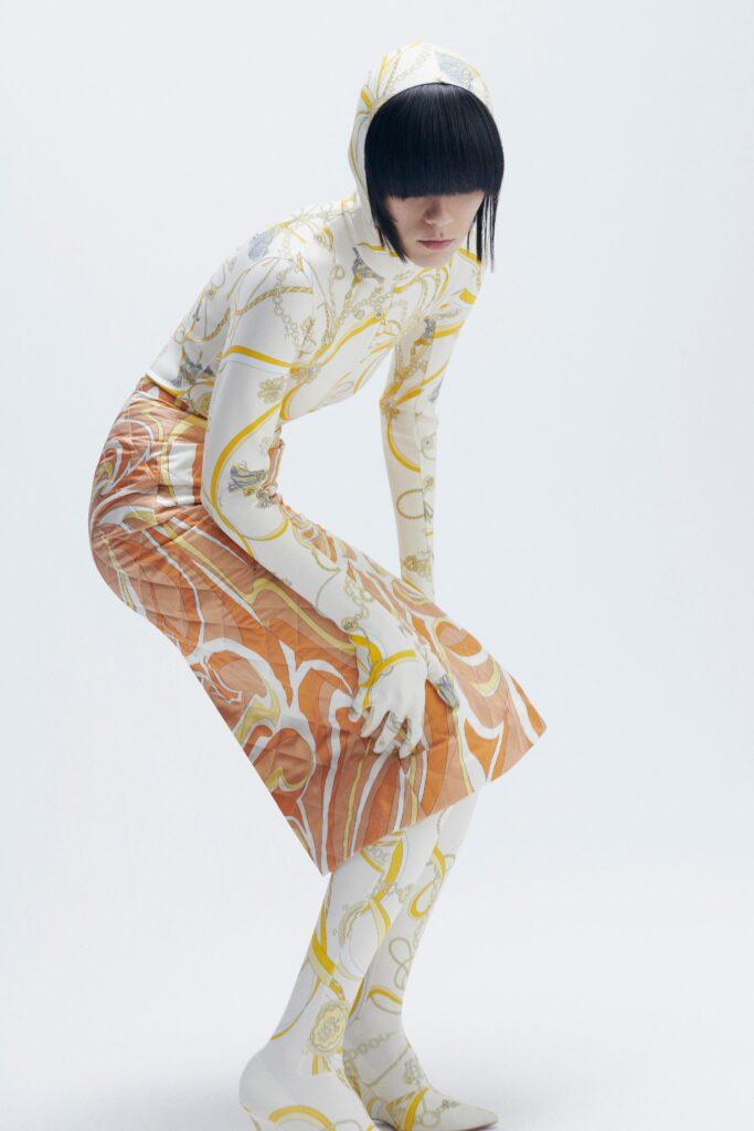 самый модный комбинезон осень зима 2021 2022 кэтсьют для йоги фитнес узкий обтягивающий белый принт