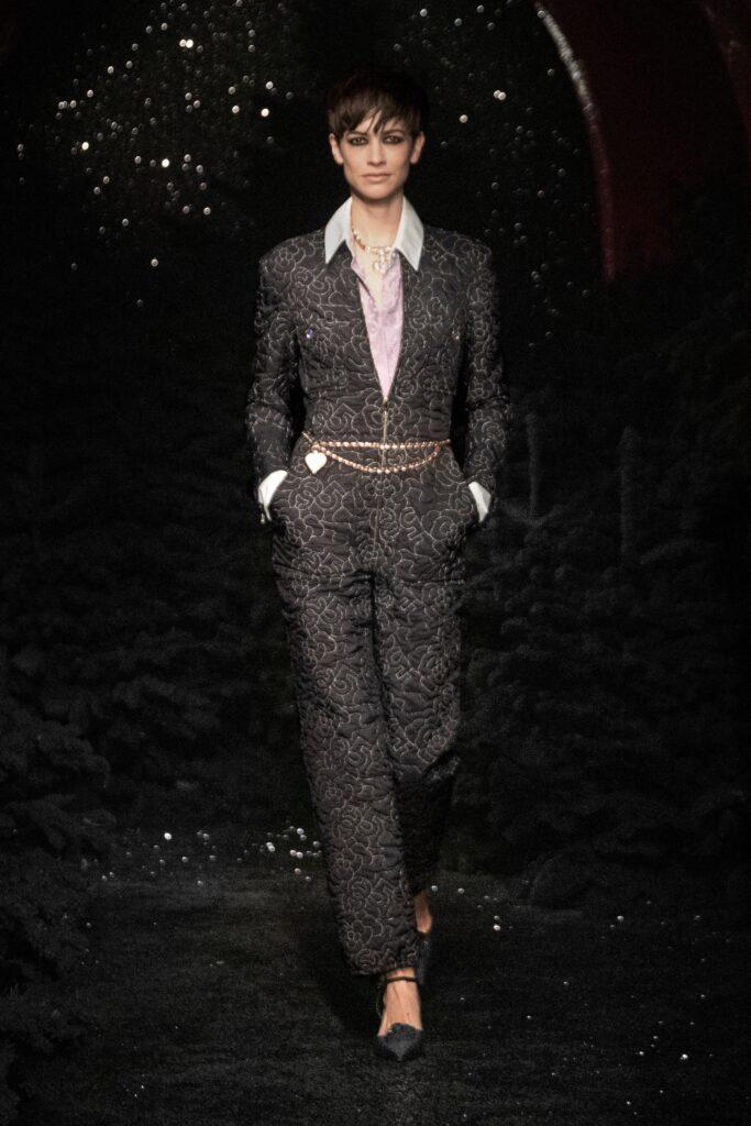 самый модный комбинезон осень зима 2021 2022 теплый черный