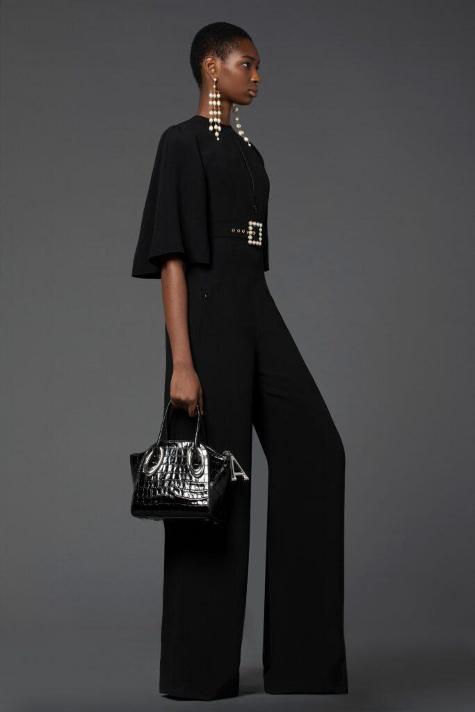 самый модный комбинезон осень зима 2021 2022 строгий черный