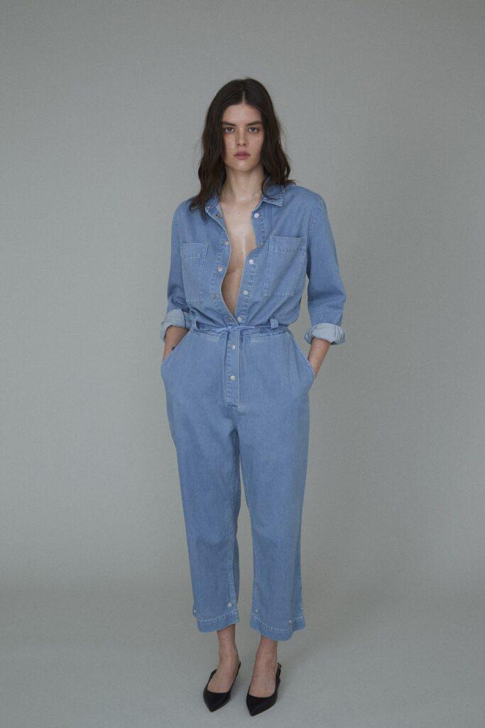 самый модный комбинезон осень зима 2021 2022 кэжуал рабочий голубой джинсовый из денима