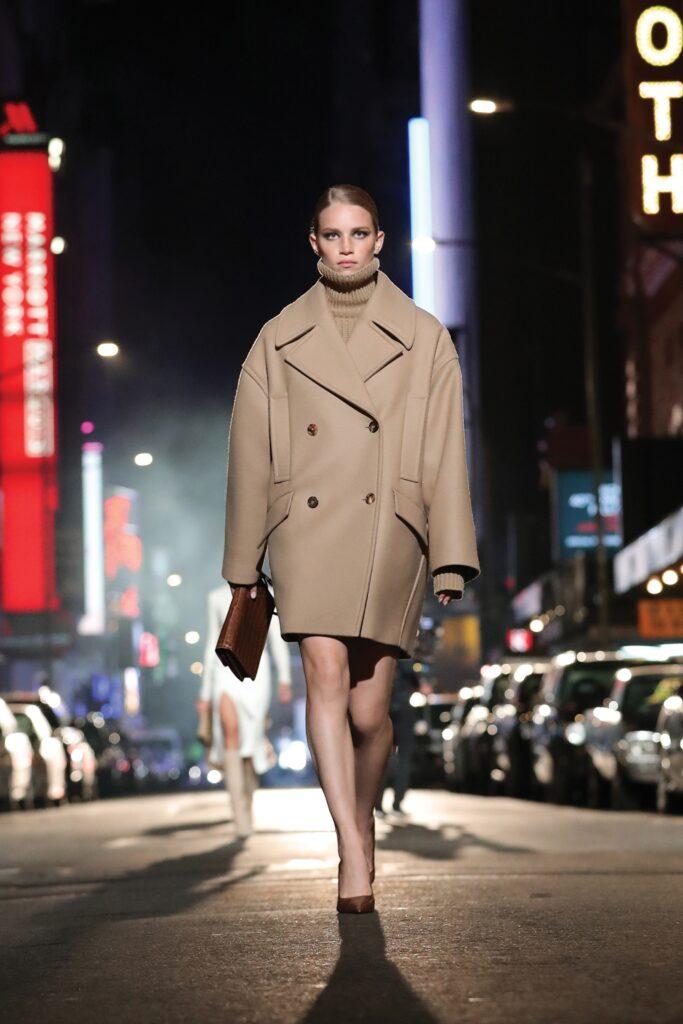 модное пальто осень 2021 мини бежевое кемел оверсайз