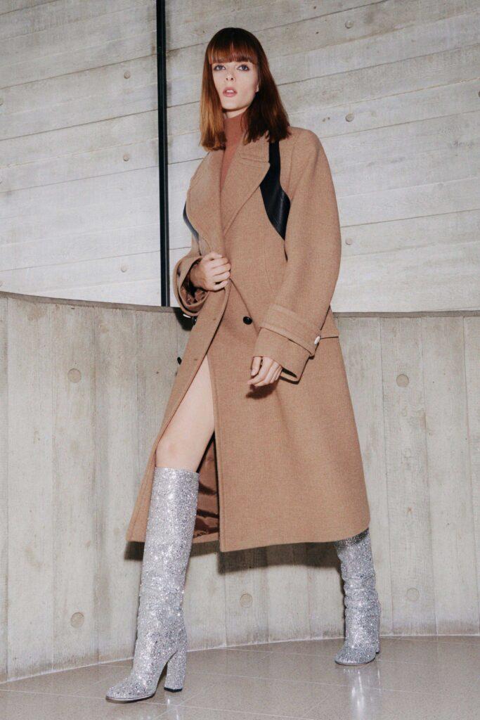 модное пальто осень 2021 миди бежевое кемел