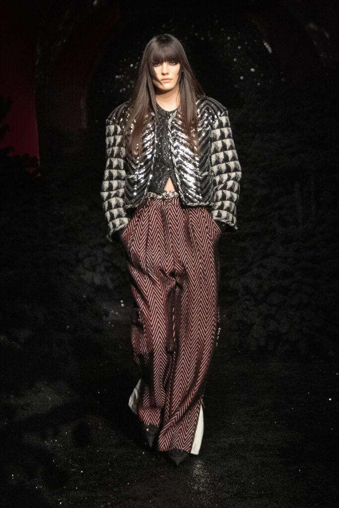 модные брюки широкие клеш оверсайз осень 2021 твидовые