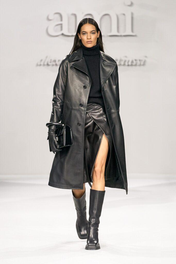 кожаное пальто тренч плащ мода осень 2021 миди черный