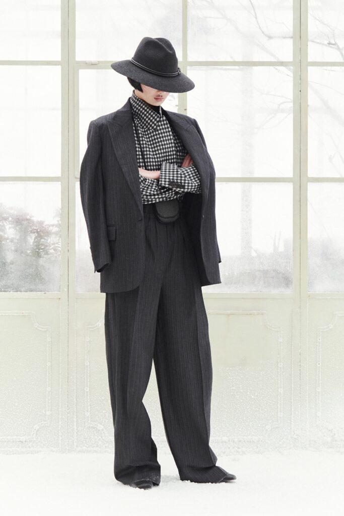 модные брюки широкие клеш оверсайз осень 2021 серые