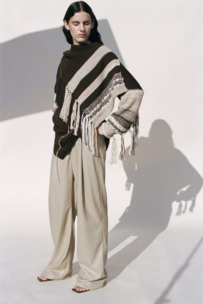 модные брюки широкие клеш оверсайз осень 2021 белые молочные бежевые