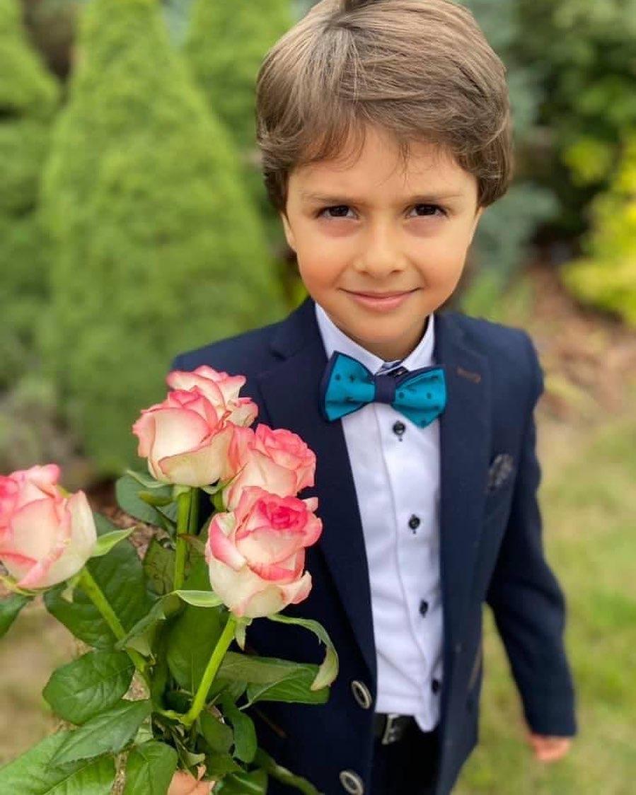 звезды дети первый класс в чем какая школа ирина билык сын табриз ахмадов