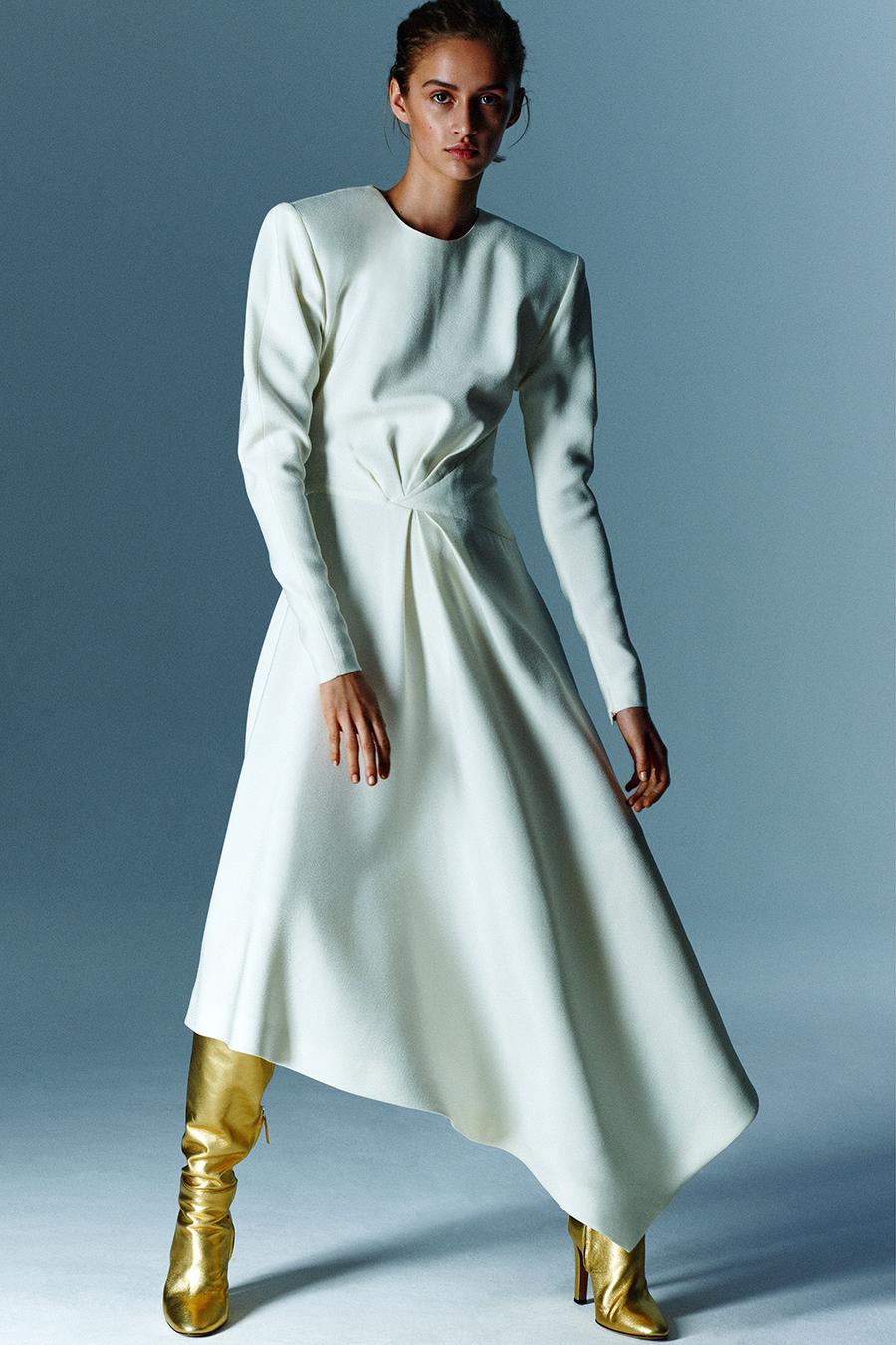 модные сапоги осень зима 2021 2022 золотые