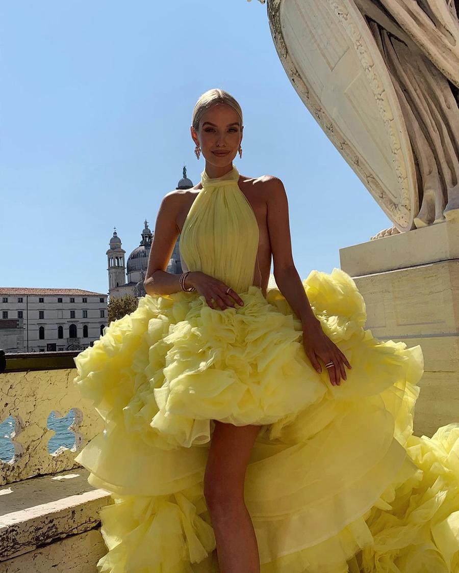 самые красивые платья венецианский кинофестиваль 2021