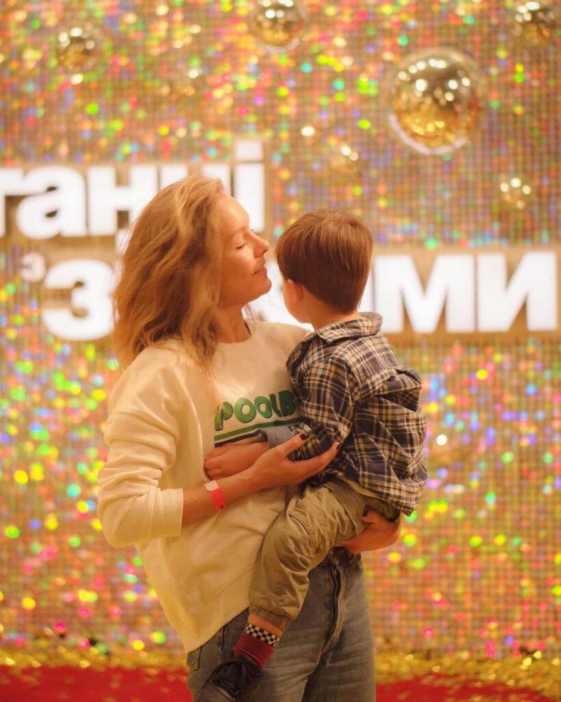 Алена Шоптенко с сыном Алексеем