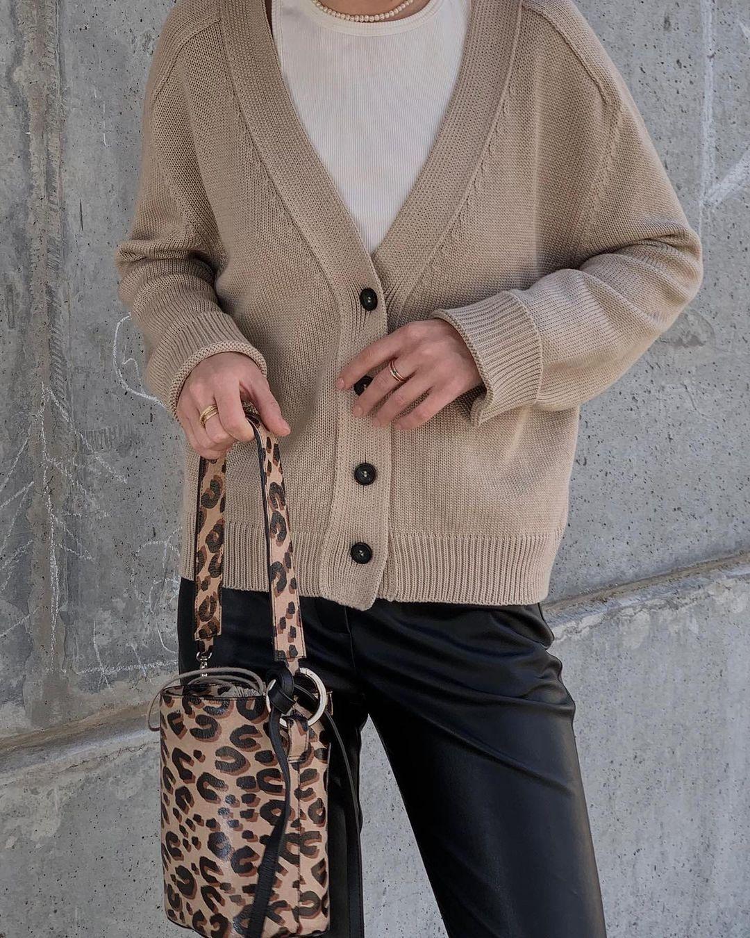 модный кардиган осень зима 2021 украинский бренд бежевый